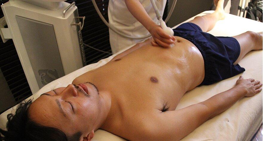減らす を 筋 トレ 肉 の 胸 大胸筋の筋トレメニュー|上部・内側・下部それぞれの鍛え方│【公式】公益社団法人 日本パワーリフティング協会
